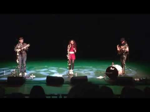 Janet Devlin - Your Song (Live in Omagh 23/12/14)