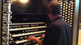 Daniel Bishop improvising @ Liverpool Cathedral