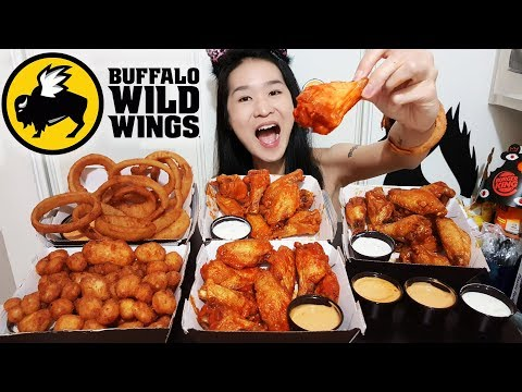 First Time Eating BUFFALO WILD WINGS! Spicy Buffalo Chicken Wings, Onion Rings, Cheese Curds Mukbang