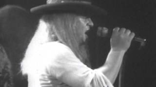 Lynyrd Skynyrd - Gimme Three Steps - 7/13/1977 - Convention Hall (Official)