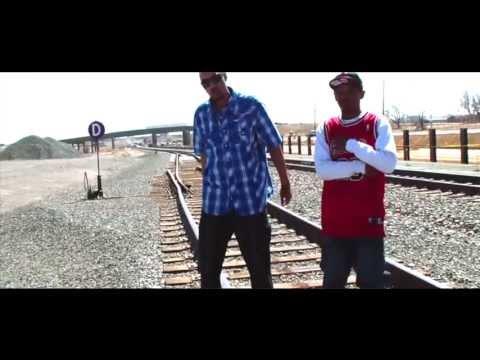 RealisTay feat. Kev Kash - Still Movin
