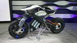 Мотоцикл Yamaha который сам держит равновесие и не падает!