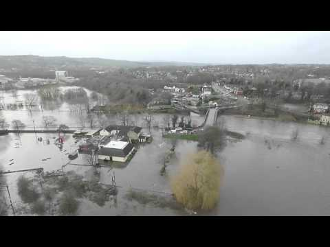 Steanard Lane ship inn Mirfield boxing day floods aerial footage 26-12-1015