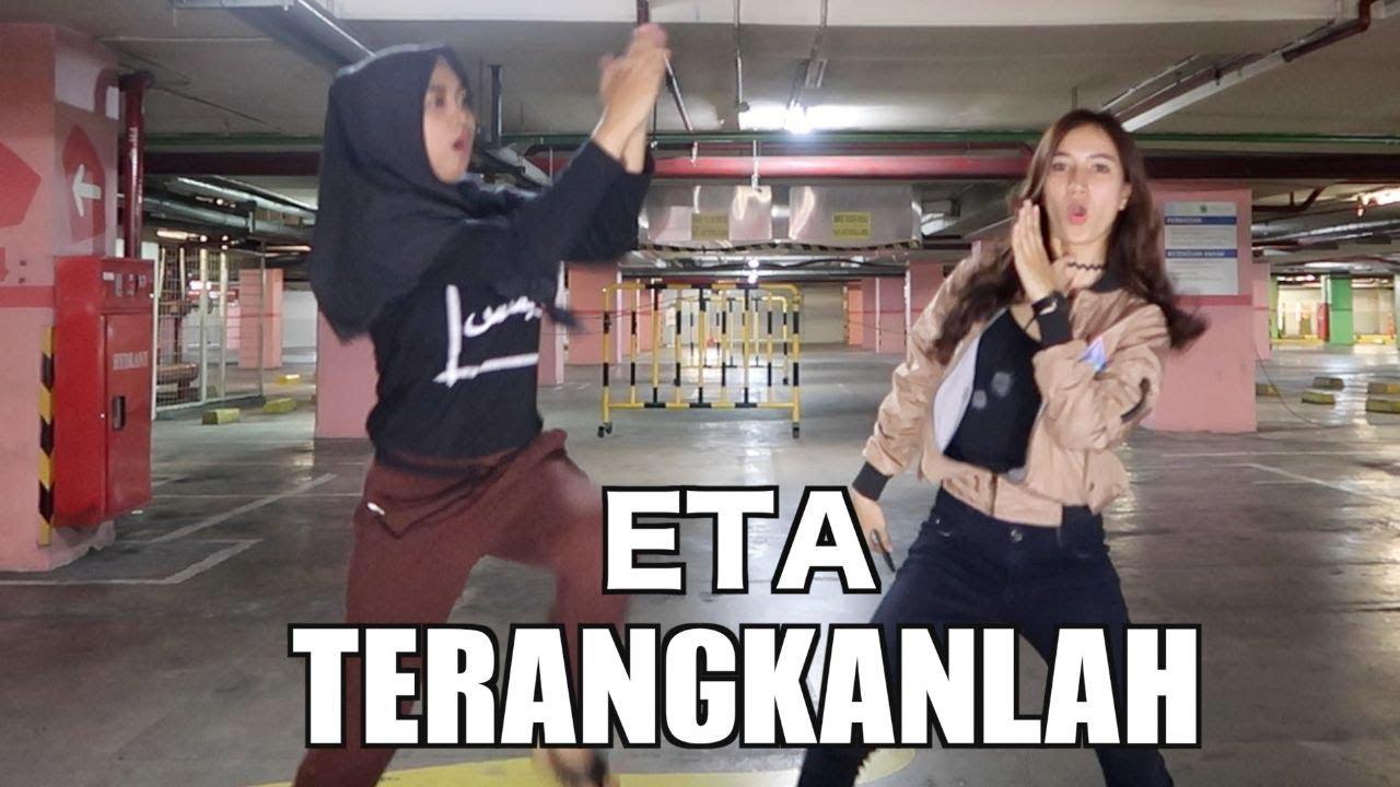 ETA TERANGKANLAH - Ria Ricis x Marisha Chacha (PARODY) - YouTube