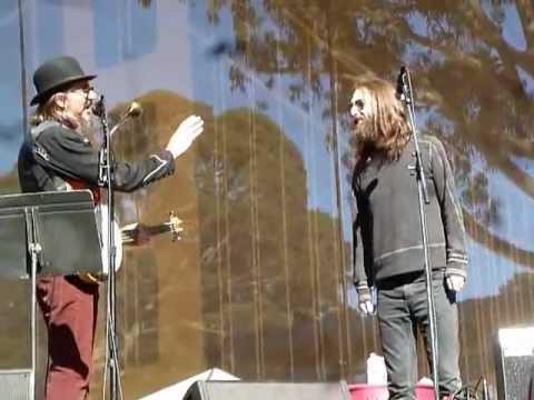 Les Claypool Duo de Twang (with Chris Robinson) - Battle Of New Orleans