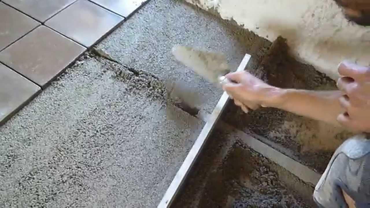 chantier pose carreaux terre cuite artisanaux 02 tirage chape youtube