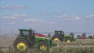 Highballing John Deere Hay Baling Outfit using 11 tractors on One Small Field