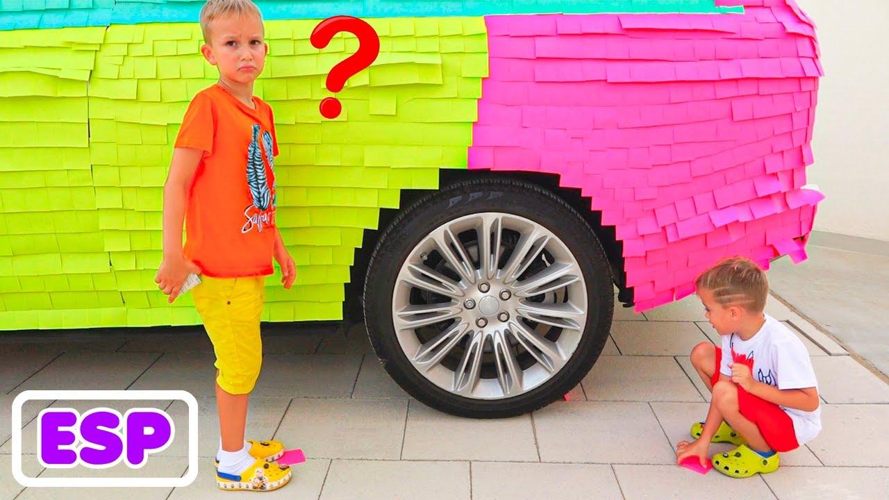 Vlad y Nikita envolvieron el auto de mamá con pegatinas de colores