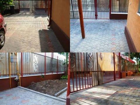 Finisat gard soclu casa cu tencuiala mozaicata pavat for Modele de garduri pentru case
