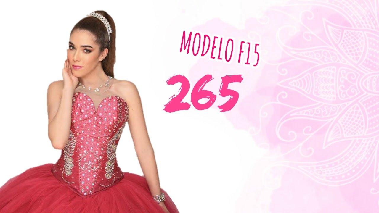 Expo 15 Dani Ibañez luce padrísimo vestido magenta con aplicaciones ...
