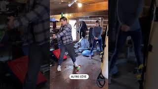 Exercice 5 15x squats 15x de chaque côté Fly 15x Hip thrusts 20x Obliques, 15x chaque côté Autre côté Avertissement : je dépose mes entraînements en ...