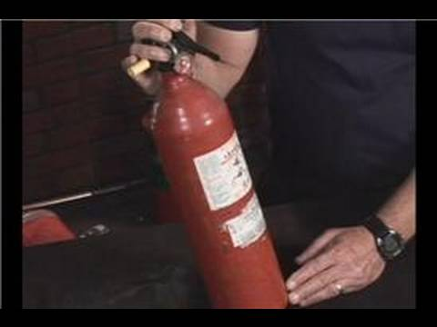Fire Extinguisher Training : Dry Chemical Fire Extinguisher Uses
