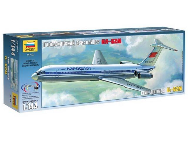 Распаковка и обзор пассажирского авиалайнера Ил-62М - Звезда