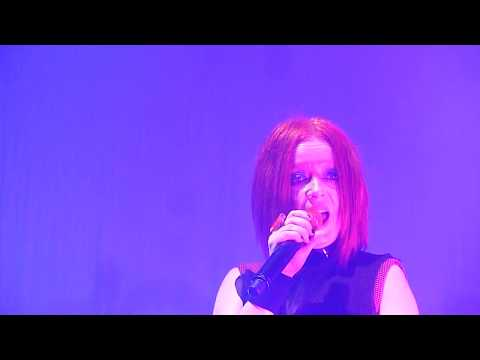 Garbage - Get Busy With the Fizzy (live 2018, Luxembourg Rockhal)