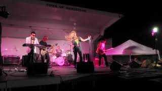SundayGirl (Blondie tribute) - Rip Her to Shreds - live @ Point Lookout Beach (7/13/20)