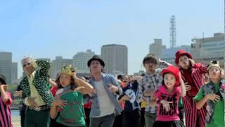 2011年10月26日発売のシングル、T-Pistonz+KMC 『成せば成るのさ 七色卵...