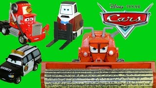 DISNEY CARS DELUXE 4 PACKS MACK FRANK COMBINE SECURITY TRUCK BRIAN FUEL CARS 2