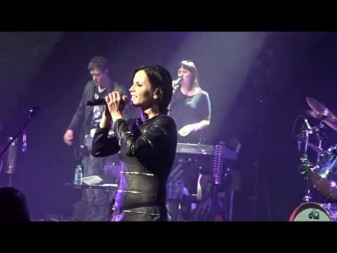 The cranberries analyse live dublin may 2017