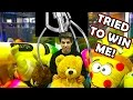 I GOT LOCKED INSIDE A CLAW MACHINE!