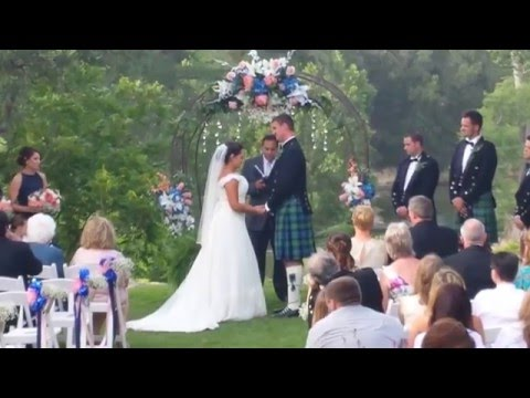 reverend-rene-esparza-performs-scottish-wedding-at-marquardt-ranch-in-boerne,-tx