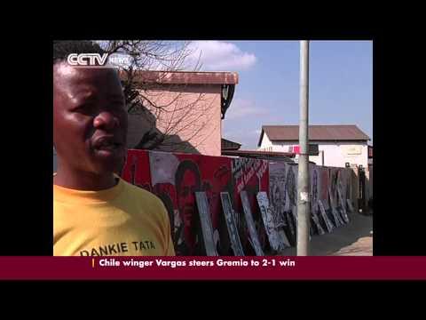 Soweto Street Art Carries On Mandela's Legacy