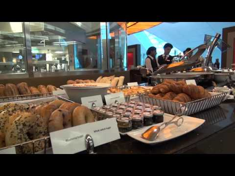 Emirates Business Class Lounge - Dubai