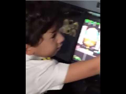 Tini Aircruft Pilot