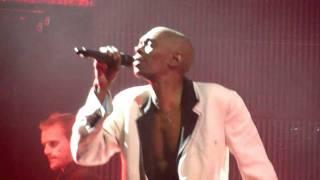 Faithless - Happy - O2 Arena London - 11/12/10