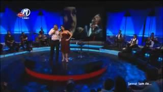 Şevval Sam _ Volkan Konak - Divane Aşık Gibi (canlı performans).mp4