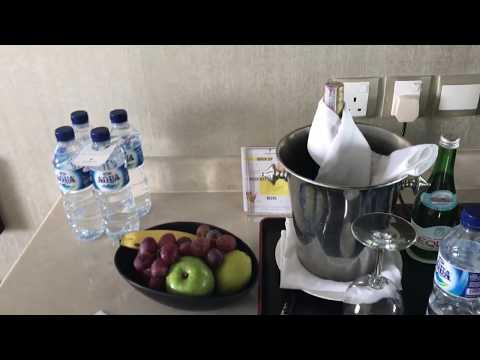 Shangri-La Jakarta Indonesia Deluxe Room 2116 Hotel Walkthrough