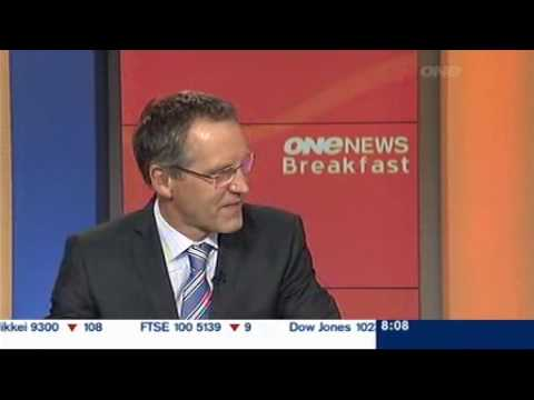Paul Henry and Peter Williams laughing at Donkey news story