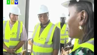Gambar cover Waziri mkuu Kassim Majaliwa amefanya ziara ya ghafla bandarini jijini Dar es Salaam.