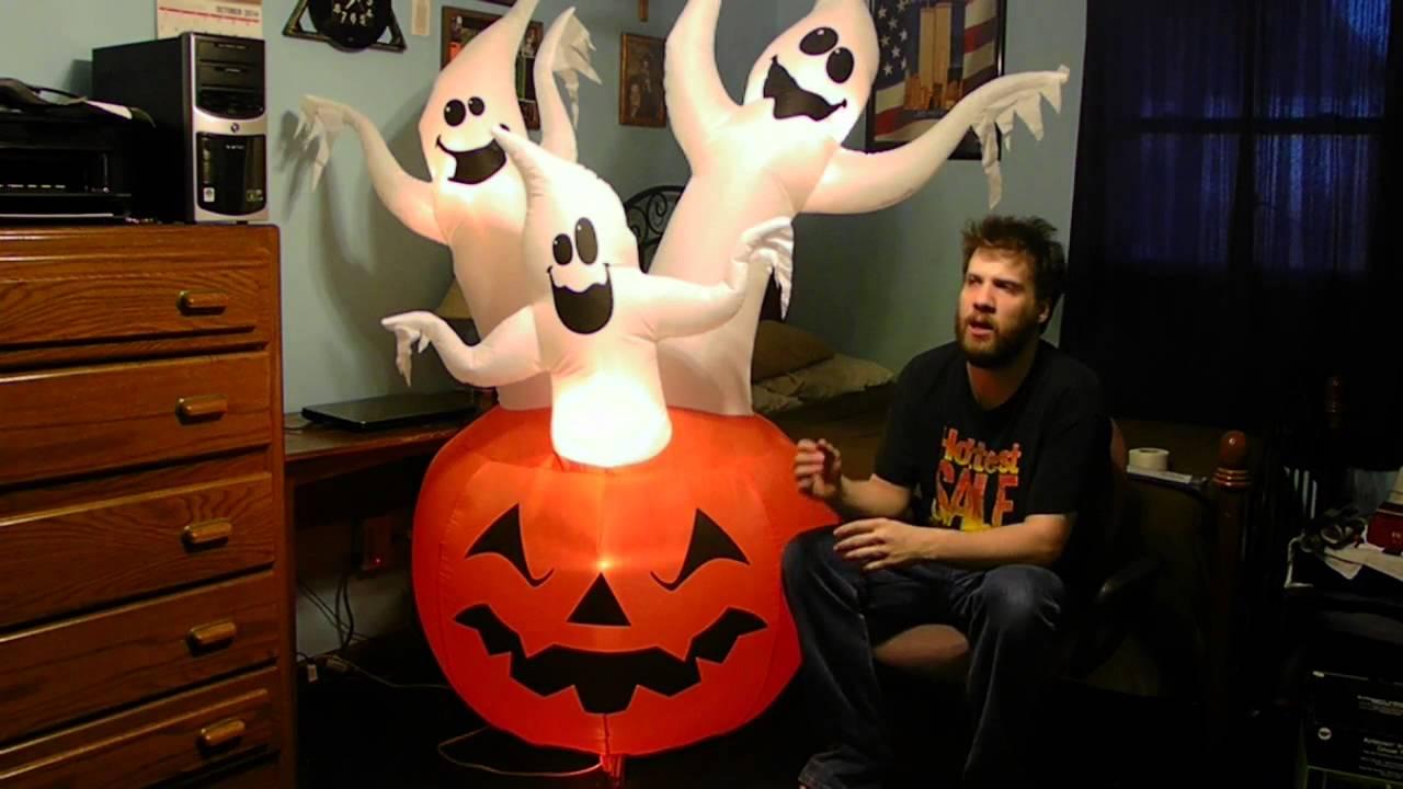 Outdoor Halloween Blow Up Decorations Youtube