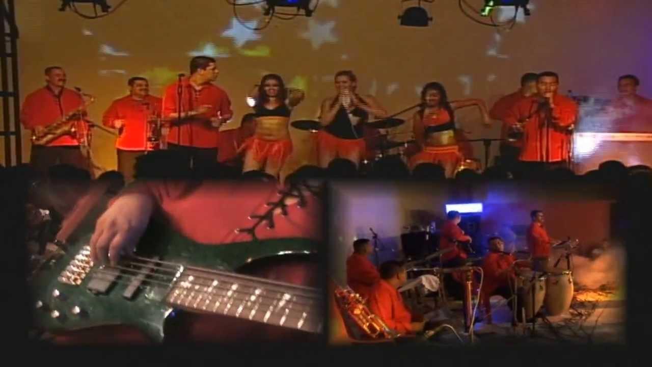 Banda blanca el lunarcito youtube for Blanca romero grupo musical