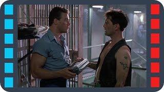 Проверка новичка в тюрьме — «Ордер на смерть» (1990) сцена 2/8 HD
