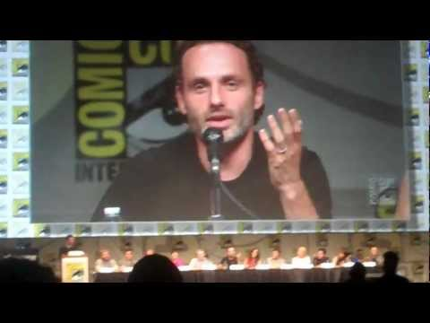 Andrew Lincoln on his American accent | Comic Con 2012  Walking Dead Panel
