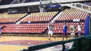 Kobe Paras and PH U-18 teammates practice dunks 2