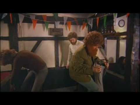 BEEHIVE / Irish Folk Singers