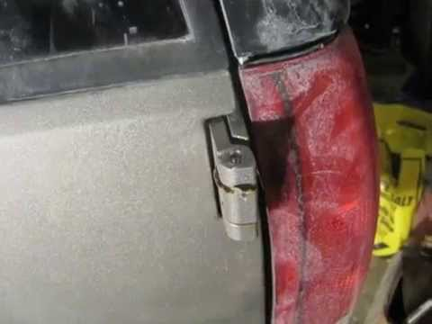 GMC Yukon Rear Cargo Door Hinge Pin and Water Leak Repair 1992 - 1999