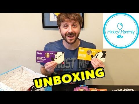 DISNEY SUBSCRIPTION BOX - Mickey Monthly Unboxing - Snack Only Theme Park Mickey Size