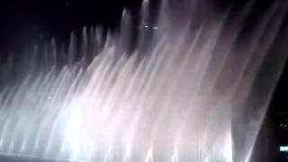 Fountain water sprinkle dance at Dubai Burj Khalifa Water Fountain Dance Music