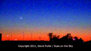 Venus and crescent Moon - Dec 25, 2011
