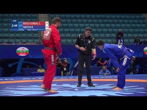 1/2 Men's GP Gi - 100 kg: E. RIEGO GONZAL (ESP) v. B. ABYZOV (KAZ)