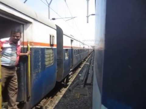 Parallel Action at Kalyan Jn : WCAM3 Godavari SF vs WDM3a Chennai Express