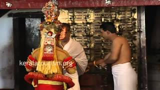 Muthappan Theyyam at Parassinikkadavu Temple