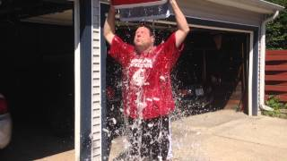 Gambar cover Nate Kuester of CBS 58 takes ALS ice bucket challenge dedicated to Team Gleason