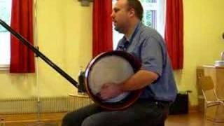 Drumbeats auf der Bodhrán - Lehrclip von R. Wagels - Beat 1