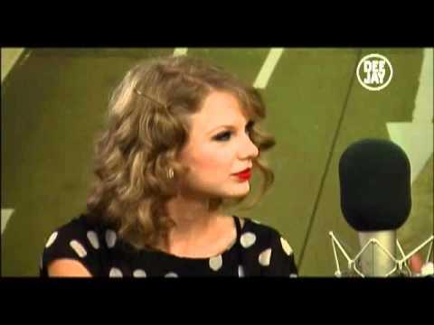 [VIDEO INTERVISTA 29-09-2010] TAYLOR SWIFT Live @ Deejay Chiama Italia, Radio Deejay Italy (PARTE 1)