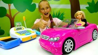 Видео для девочек - Барби покупает автомобиль