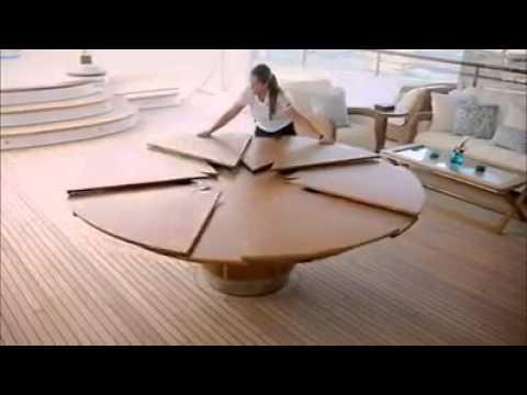 Costruire Un Tavolo Rotondo In Legno.Un Semplice Tavolo Puo Nascondere Delle Sorprese A Simple Table Can Hide Some Surprises